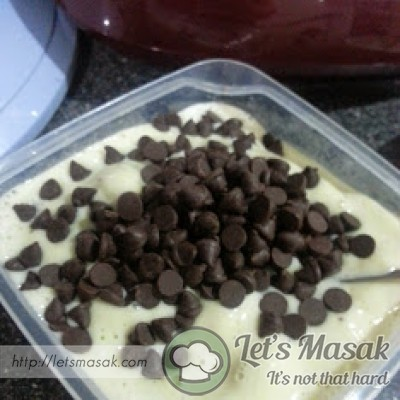 "Pour the ""ice-cream"" into a container and add chocolate chips."
