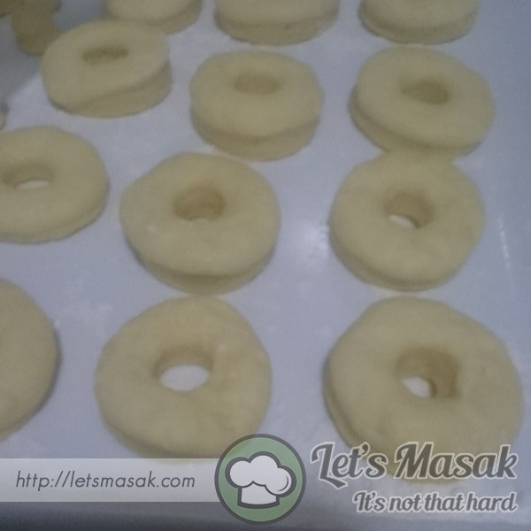 Boleh guna acuan donut