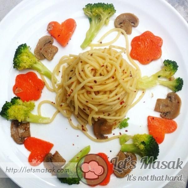 Vegan Olio Aglio Spaghetti