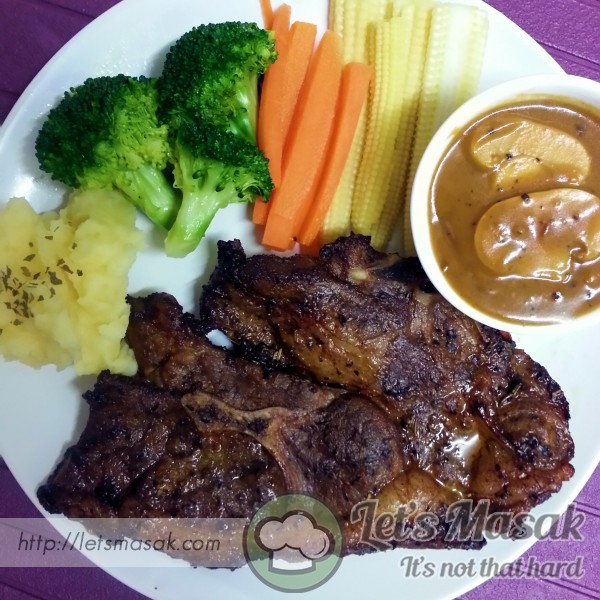 Grilled Lamb With Black Pepper Sauce