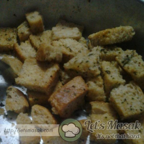 Roti Bawang Putih Rangup