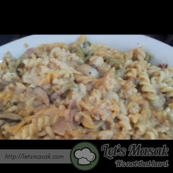 Cheesy Mushroom Pasta