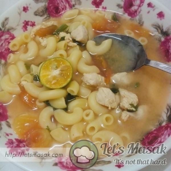 Makaroni Sup Ayam