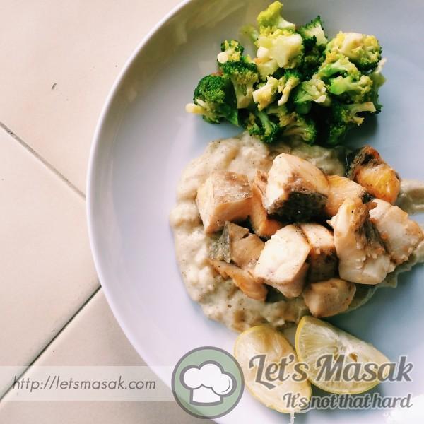 Cod Fish And Lemon Sauce