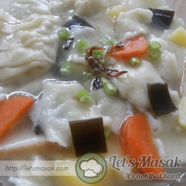 Sujebi (Hand Torn Noodle Soup)