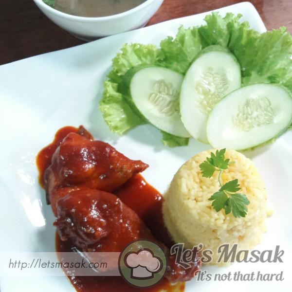 Nasi Ayam Ayam Masak Merah