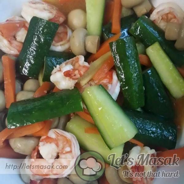 Udang Tumis Bersama Zucchini