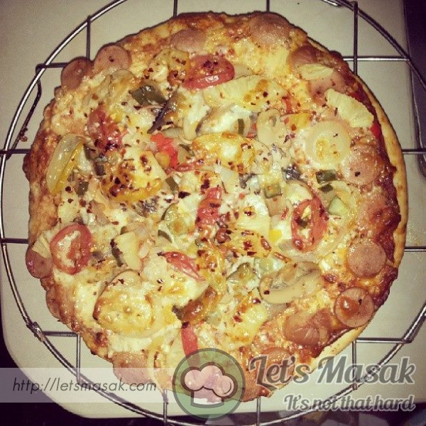 Simple Homemade Sausage Pizza