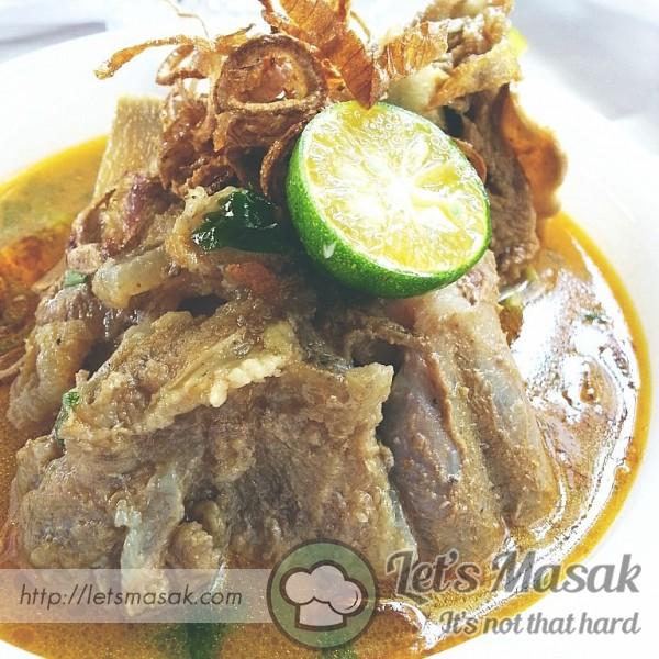 Sup Tulang Gaya Chef Wan