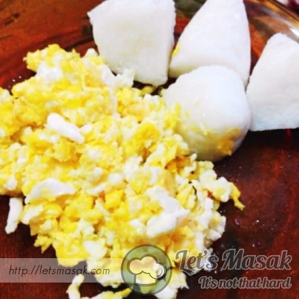 Scramble Egg Dan Nasi Himpit.