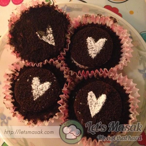 No-Bake Oreo Cheesecake Cupcakes