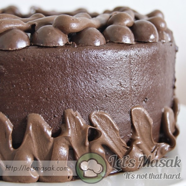 Devil Chocolate Cake With Nutella Frosting