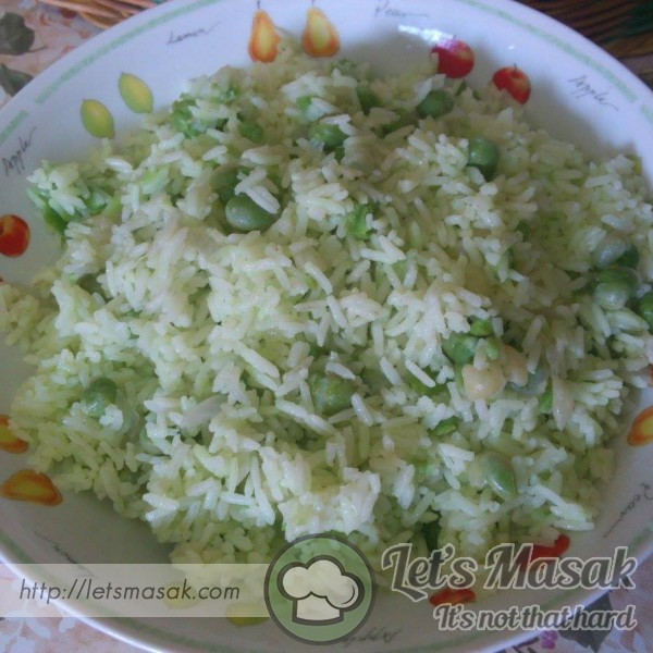Turkish Pilaf Rice With Green Peas