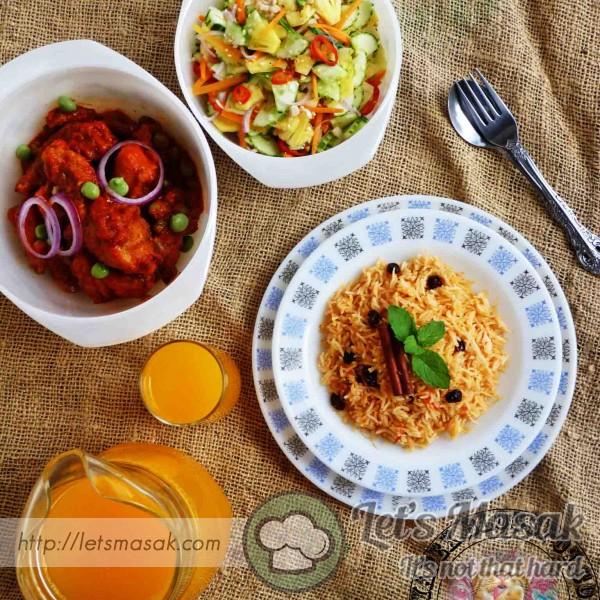 Nasi Tomato, Ayam Masak Merah Dan Acar Timun Nenas