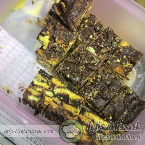 Kek Batik Moden