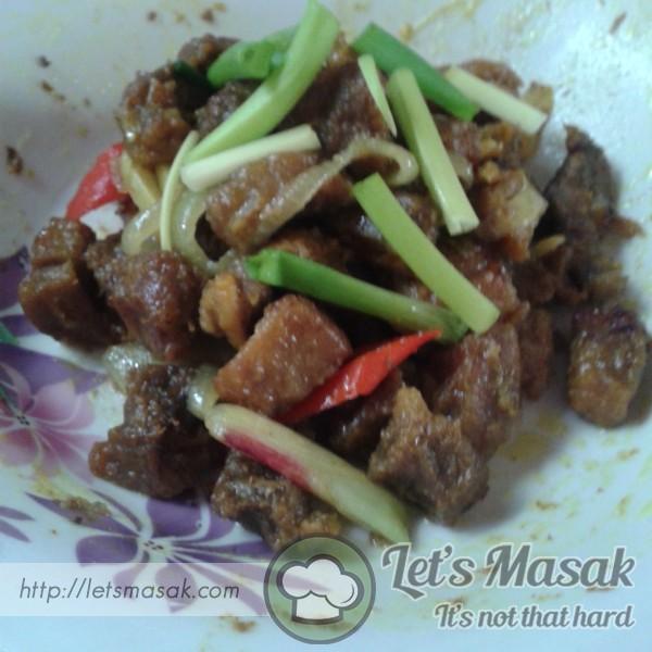 Daging Goreng Kunyit Masakan Daging Kunyit