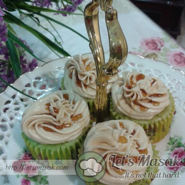 Kek Cawan Pandan Gula Melaka