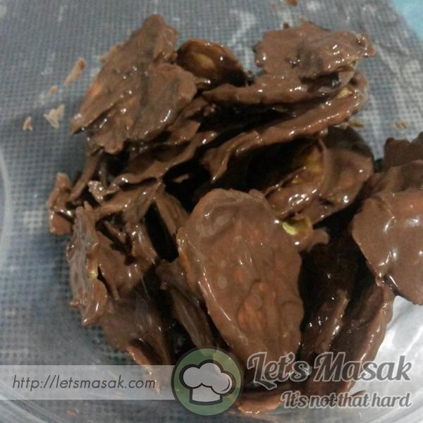 Chocolate Banana Chips / Kerepek Pisang Coklat