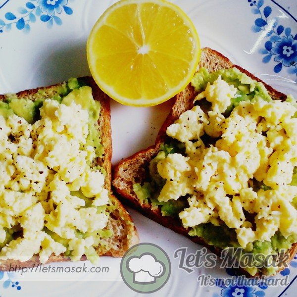 Avocado Toast With Scrambled Egg