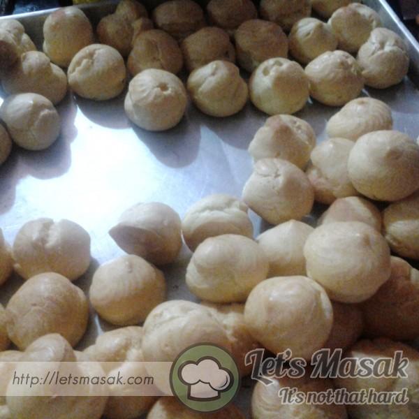 Roti Cream Puff Tanpa Inti