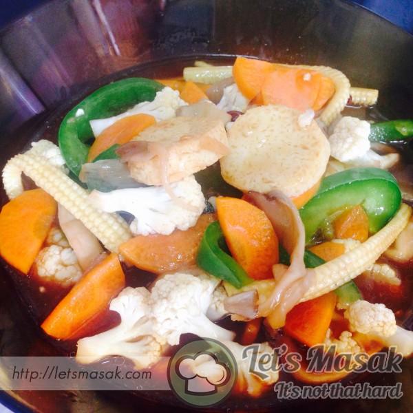Mix Vege With Egg Tofu