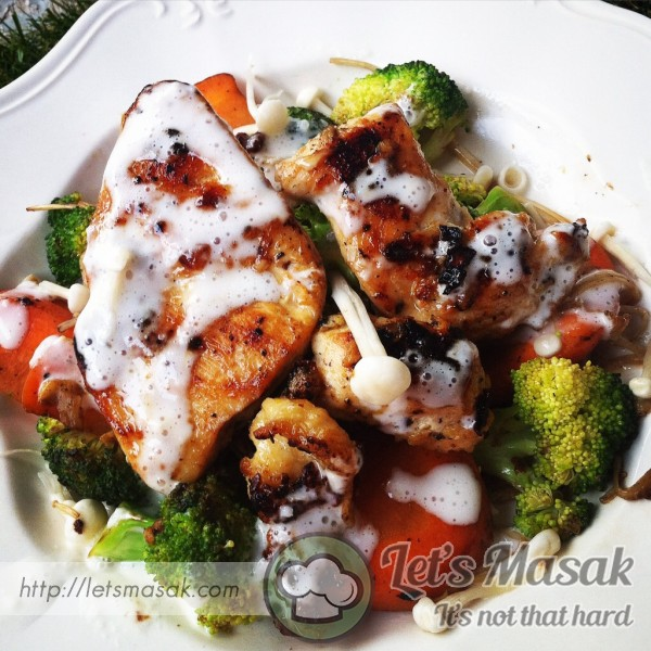 Citrus Grilled Chicken With Lebanese Garlic Sauce