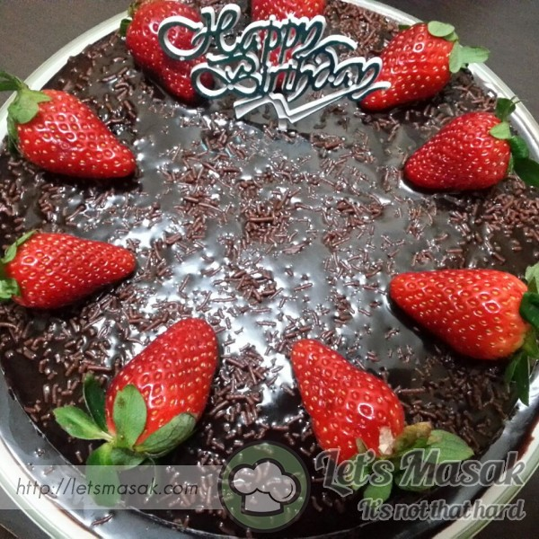 Chocolate Super Moist Cake